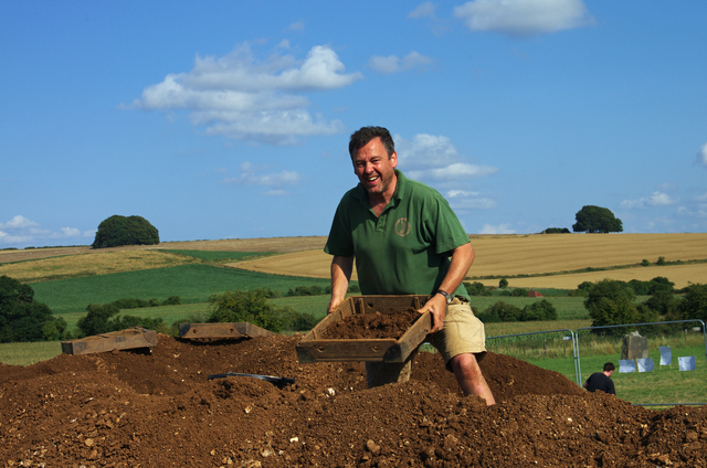 Laurence, Owner of Oldbury Tours On the West Kennet Avenue excavations in 2014