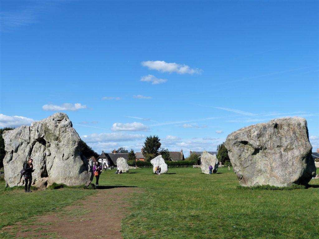 Avebury and Stonehenge guided tours