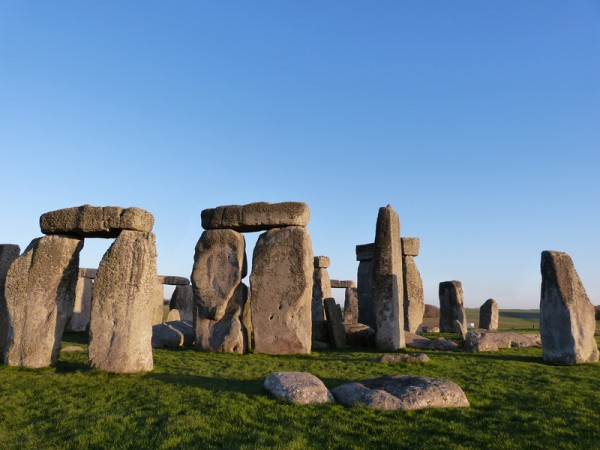 Your Stonehenge guide - Stonehenge in the evening