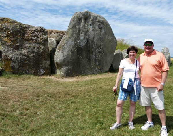 Stonehenge and Avebury Tours - Oldbury Tours at West Kennet Long Barrow