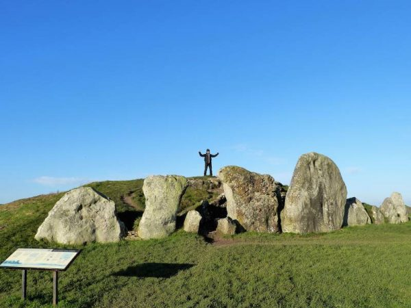 Avebury Prvate Guide - on West Kennet Long Barrow with Oldbury Tours