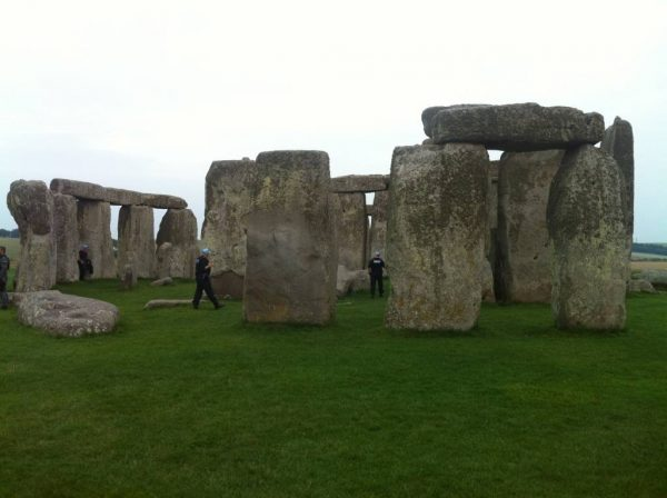 Your Stonehenge guide - Police inside Stonehenge prior to President Obama's 2014 visit